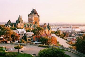 เมืองใน แคนาดา